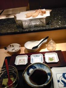 Nailist maruの気まぐれ日記-100821_204557.jpg お腹空いたし、今夜は日航ホテルの嵯峨野のてんぷら~ ここのてんぷらはさっぱりで美味しいっ!